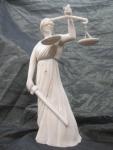 2017-39. Vrouwe Justitia. Theo Kouwenberg